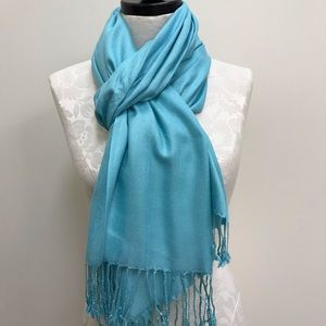 NWT Pashmina Turquoise Solid Scarf
